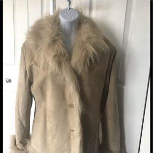 Faux fur off beige jacket